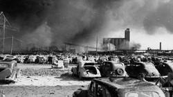 """Vụ hỏa hoạn thế kỷ khi """"quả lựu đạn"""" 10.000 tấn phát nổ"""