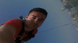 Rụng tim với trò nhảy bungee từ độ cao trên tòa tháp Macau