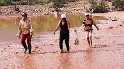 Vỡ đập bãi thải vàng Bồng Miêu, chính quyền nói có, DN bảo không