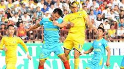 HLV SLNA nói gì khi đội nhà ép sân mà lại thua Khánh Hòa BVN?