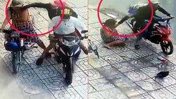 Clip: Táo tợn liên tiếp 2 lần giật dây chuyền người phụ nữ giữa phố