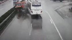 Xe cứu hỏa đi ngược chiều: Ưu tiên không có nghĩa xe khách có lỗi