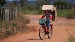 Căn bệnh lạ khiến cả làng bị biến dạng mặt mỗi khi ra ngoài nắng