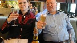 Tình tiết bất ngờ về bạn gái của điệp viên Nga bị đầu độc