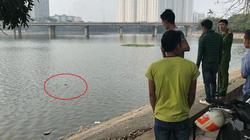 HN: Kinh hoàng phát hiện xác người nổi trên hồ Linh Đàm
