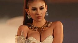 Siêu mẫu Võ Hoàng Yến thừa nhận phẫu thuật thu nhỏ vòng một