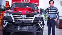 """24H Hot: """"Đại gia chân đất"""" Quang Tèo một năm đổi 2 xe ô tô tiền tỷ để chơi Tết"""
