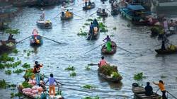 """""""Chơi thuyền hoa trên sông"""" lần đầu tiên xuất hiện ở miền Tây"""