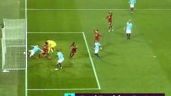"""Liverpool đã thua """"oan uổng"""" trước Man City?"""