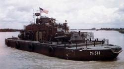 """Kỳ dị """"thiết giáp hạm"""" trên sông của Mỹ trong Chiến tranh Việt Nam"""