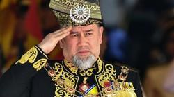 Quốc vương Malaysia cưới cựu hoa hậu Nga trẻ đẹp thoái vị