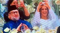 Tin vui đến với quốc vương Malaysia sau khi cưới hoa hậu Nga trẻ đẹp