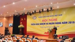 """Thủ tướng Nguyễn Xuân Phúc: """"Ngành ngân hàng đã xử lý """"cục máu đông"""" nhỏ dần"""