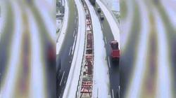 """Trải nghiệm cung đường cao tốc như """"kỳ quan trên mây"""" ở Trung Quốc"""