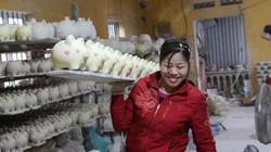Ảnh: Làng sản xuất lợn đất nhộn nhịp dịp Tết Kỷ Hợi 2019