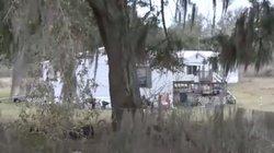 Mỹ: 3 đứa trẻ chui vào tủ đông bỏ hoang, mở ra thấy cảnh thương tâm