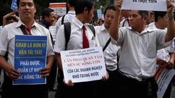 """Quản lý Grab như taxi truyền thống và tâm lý """"sợ"""" lớn của doanh nghiệp Việt Nam"""