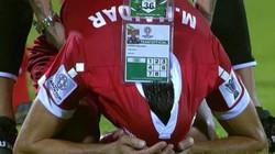 """Cầu thủ Lebanon gục khóc nức nở khi phải """"nhường vé"""" cho Việt Nam"""