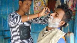 Ấn Độ vinh danh 2 chị em giả trai để nuôi gia đình