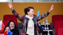 Chủ tịch Quốc hội dự khán trận giao hữu Nghị sĩ Việt Nam - Hàn Quốc