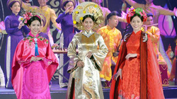 Ảnh: Quan chức ASEAN chìm đắm trong không gian văn hóa Việt