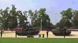 Xem Lào phô trương vũ khí Nga trong cuộc diễu binh hoành tráng