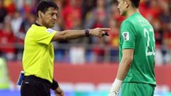 Vì sao Văn Lâm nhận thẻ vàng ở loạt 11m trận Việt Nam vs Jordan?