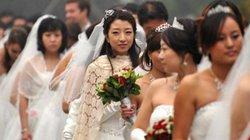 """Trung Quốc: Công ty cho nghỉ Tết sớm vì nhân viên nữ... """"ế"""" chỏng chơ"""