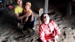 """Điện Biên: Cô giáo mong học sinh được """"lì xì"""" xe lăn ngày cận Tết"""