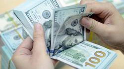 """Tết Nguyên Đán cận kề: Tiền đô la dồi dào, tiền đồng """"căng"""" như thường lệ"""
