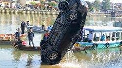 Ô tô lao xuống sông ở Quảng Nam: Lời kể của bé gái 14 tuổi thoát chết