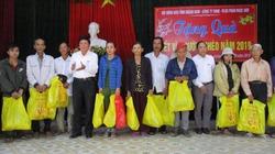 Quảng Nam: Trao hàng nghìn suất quà Tết cho người nghèo