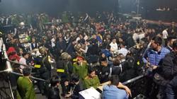 CLIP: Toàn cảnh công an Huế 'đột kích' quán bar 100 người dương tính ma túy