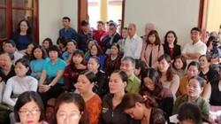 Người dân ngồi kín phòng theo dõi tòa tuyên án Hoàng Công Lương