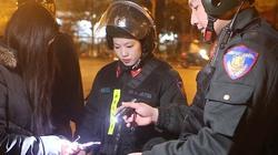 Clip: Trắng đêm cùng cảnh sát đặc nhiệm tuần tra Thủ đô dịp Tết