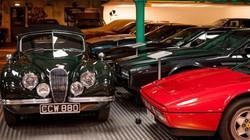 Lóa mắt với bộ sưu tập xe cổ hơn 930 tỷ của cụ ông 81 tuổi
