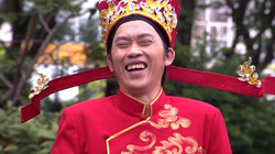 Danh hài Hoài Linh phát miễn phí hàng nghìn bao lì xì dịp Tết 2019
