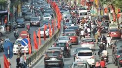 Đường phố Hà Nội tắc cứng, hỗn loạn chiều mùng 1 Tết