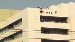 Video: Rơi từ nóc nhà 7 tầng, bé gái thoát chết nhờ vật mang trên mình