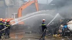 Hai nhà xưởng ở Sài Gòn bốc cháy trong ngày vía Thần Tài