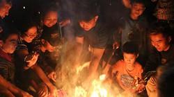 Ảnh: Cả làng ở Hà Nội lao vào lửa để lấy đỏ đầu năm