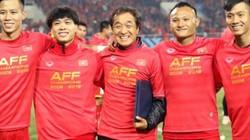 Trợ lý HLV Park Hang-seo kể về nỗi khổ tâm với cầu thủ Việt Nam
