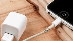 Tại sao cáp Lightning dỏm có thể hủy hoại iPhone?