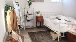 Gương trong phòng ngủ nên để như nào để quý nhân vào cửa, gia đình thuận hòa?