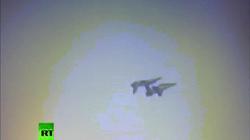 Video: Khoảnh khắc máy bay quân sự đâm nhau giữa trời ở Ấn Độ