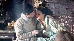 Hoàng đế Trung Quốc bị bỏ 'bùa yêu', nạp luôn vú nuôi làm phi tần