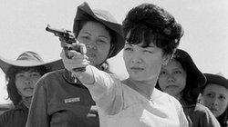 """Lời đồn hành trình săn """"phi công"""" của bà Trần Lệ Xuân"""