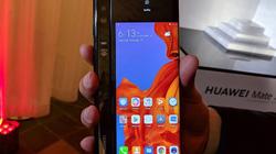 Cận cảnh siêu phẩm smartphone gập lại lớn nhất hiện nay, giá siêu đắt