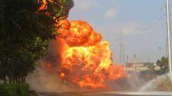 """Xe bồn chở xăng bốc cháy dữ dội tạo """"quả cầu lửa"""" ở cửa ngõ Sài Gòn"""