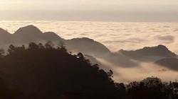 ẢNH: Hang Kia bồng bềnh trong sương sớm